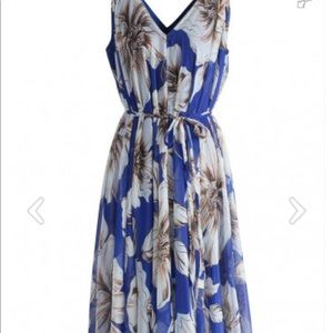 Chicwish Blue Floral Maxi Dress